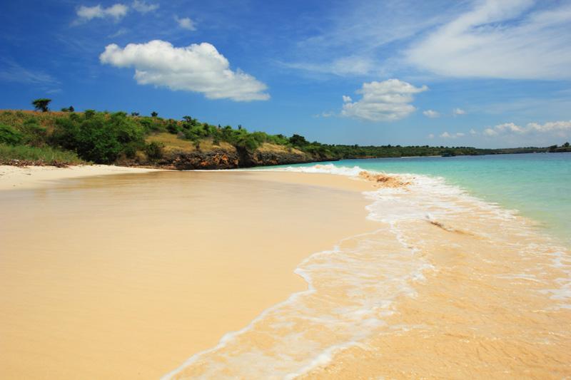 Indahnya pasir pantai segui/sebui