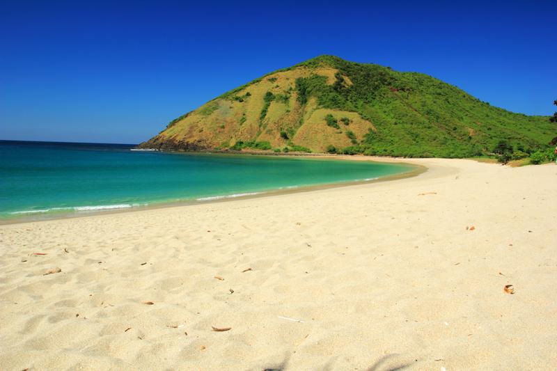 Pantai Mawun benar-benar surga