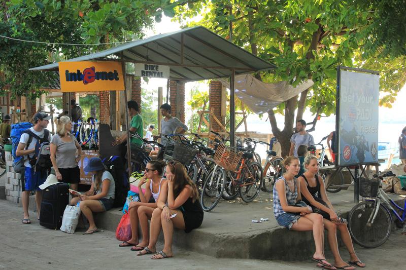 salah satu Rent Bike dekat pelabuhan