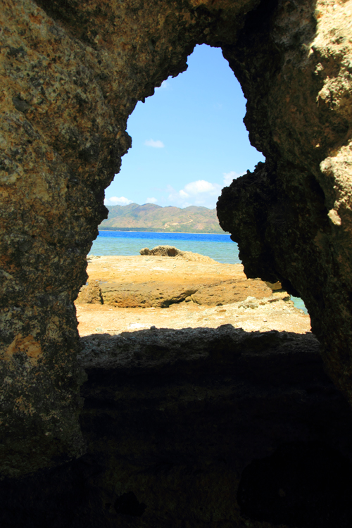 Laut di dalam Batu