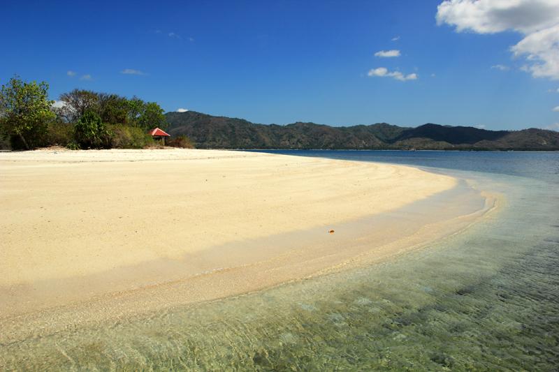 Pantai sebelah kanan. benar-benar Ajib ciptaan  Tuhan yang satu ini. hany bisa ucap sukur