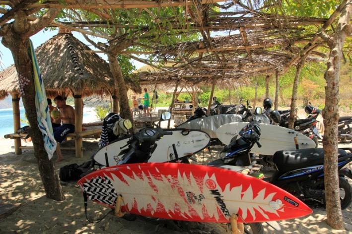 papan Selancar di Mawi