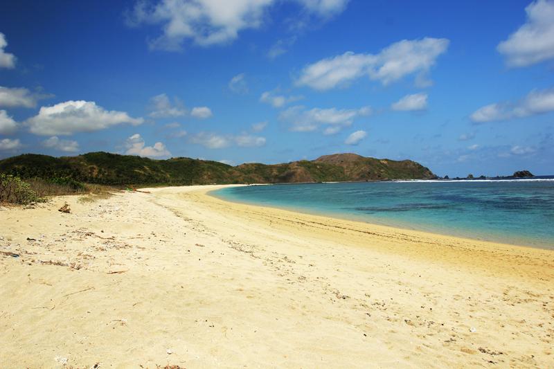 Pantai Tampah relatif lebih bersih