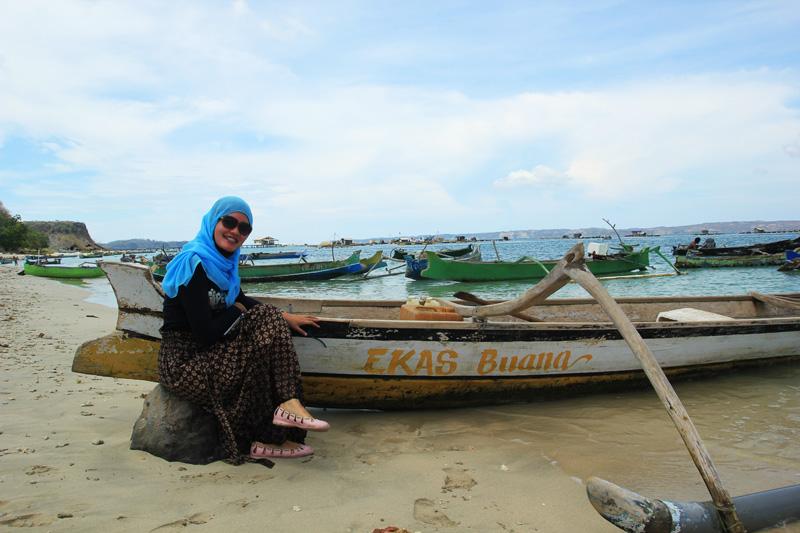 Dina dan Perahu