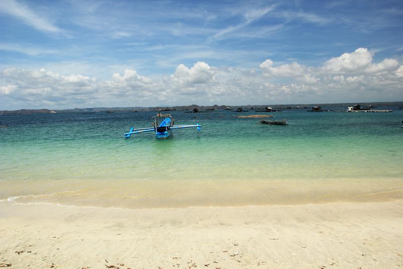 Pantai Ekas. yuk Mari