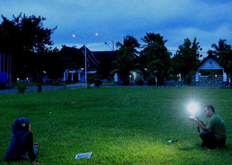 Membidik cahaya (Kiyut dan modelnya)