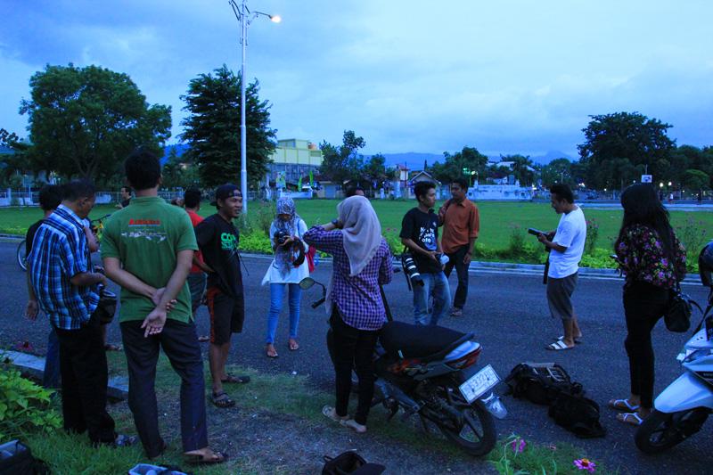 bertemu Klub fotographer Alpharian di lapangan kabupaten Dompu