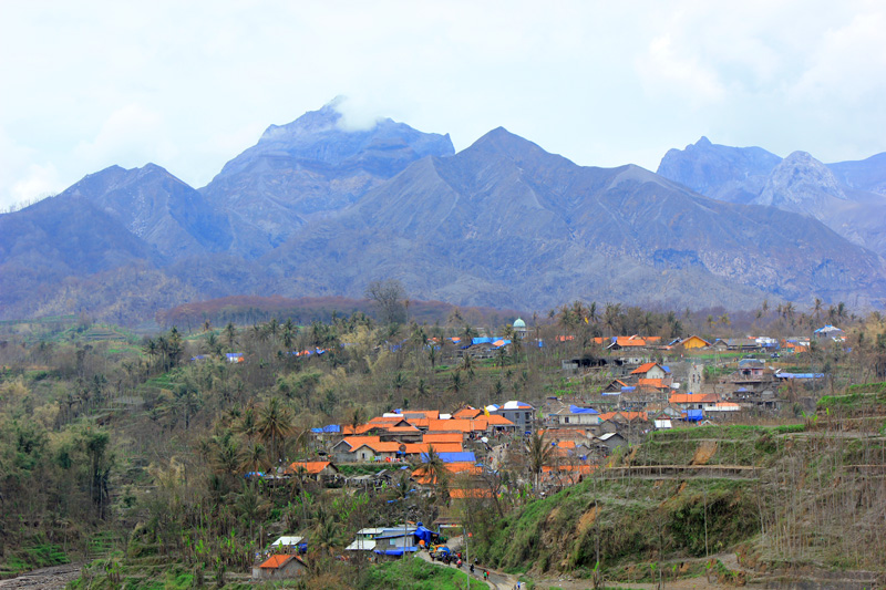 Desa Pandansari di bawah gunung kelut