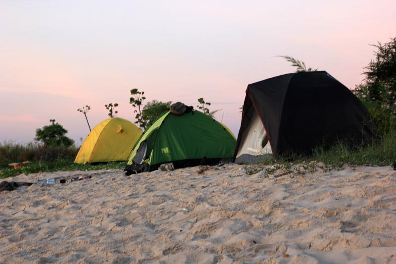 Tenda-tenda di Gili Kondo