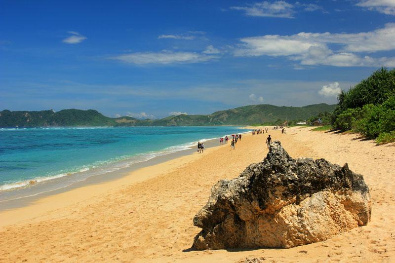 Pantai Nambung di Sekotong