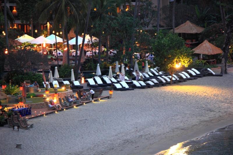 memasuki malam at sheraton Senggigi