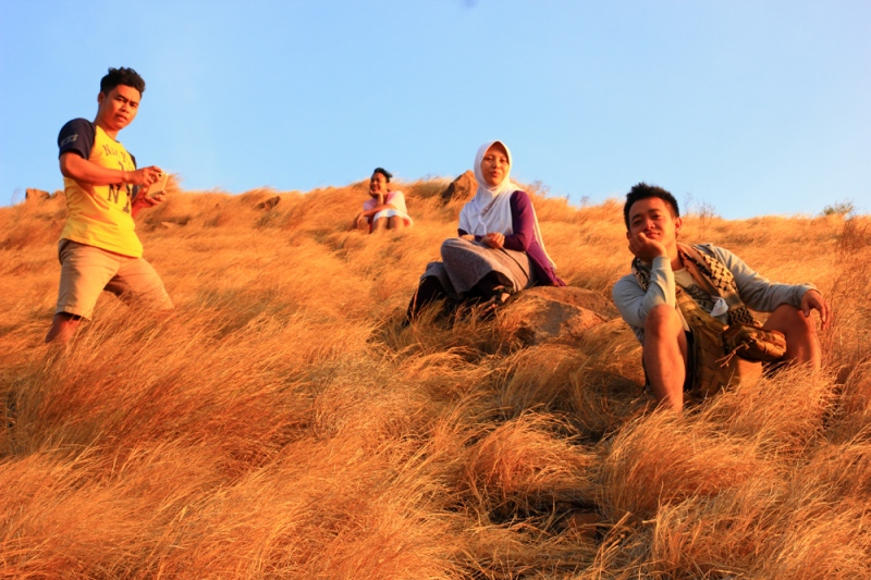 Nanjak Bukit Padang Savana