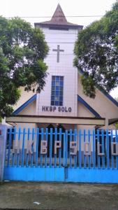 Warung Ibu Kasinem disamping gereja Solo